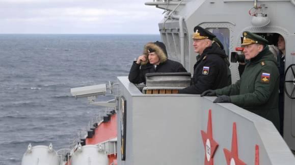 """""""Что будет, если США реализуют свои угрозы"""": Военный эксперт объяснил запуск """"Кинжала"""" над Чёрным морем"""