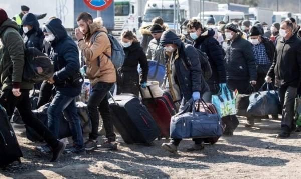 Через две недели нас вообще некому будет лечить: украинский депутат ужаснулся условиями работы медиков