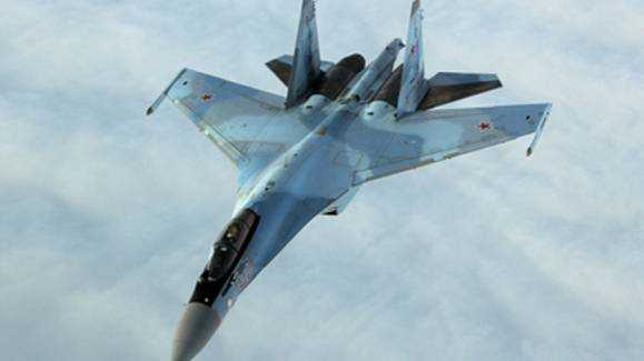 Русские зажали с двух сторон Poseidon ВМС США: Су-35 не дали американцам ни шанса на манёвр (Видео)